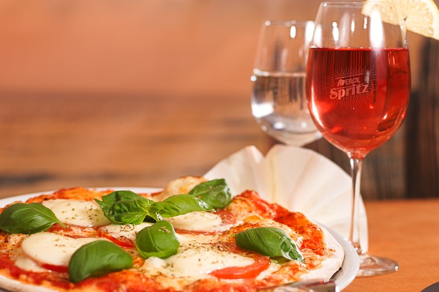 ristorante-italiano-pizza-cuoco