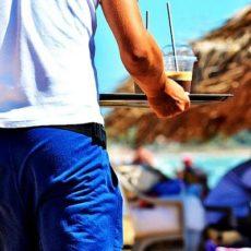 Ristorante a Malaga assume camerieri