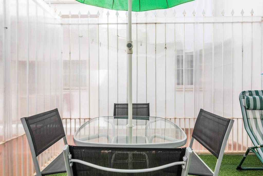 Giardino del bellissimo appartamento in vendita a Malaga